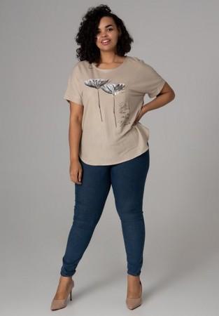 Bluzka plus size z nadrukiem w kolorze kremowym