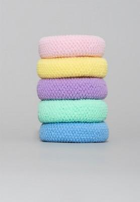 Gumki do włosów w pastelowych barwach
