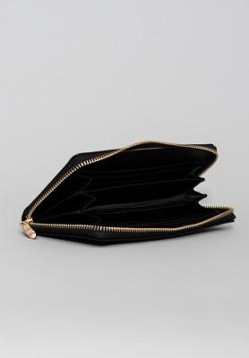 Czarny portfel damski z połyskiem