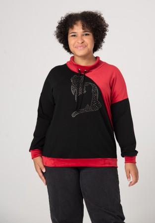 Bluza plus size w czerwieni i czerni