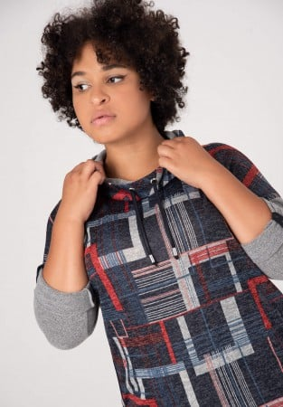 Kraciasty sweter XXL